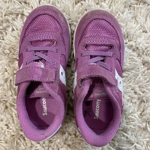 Saucony purple velcro sneakers